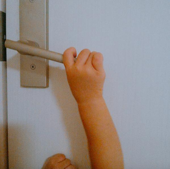 ロック 子供 ドア